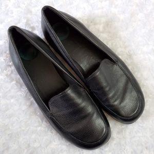 Nurture by Lamaze Black Leather Flats Size 11